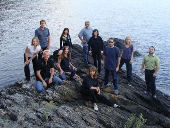 国際インプロ・グループ「Orcas Island Project」のメンバー。絹川も参加。