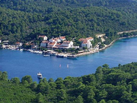 Mljet - The Pomena harbour