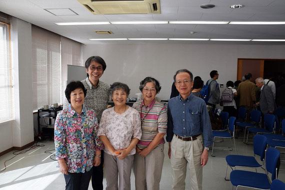 全プログラムが無事終了したところで、参加者一同記念撮影。有岡先生、ありがとうございました!真ん中のお二人は、初めてのこうした会への参加を喜んでおられました。