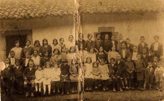Alumnos de catecismo-1918 aprox.