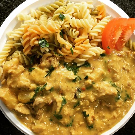 Bombaypfanne mit Nudeln