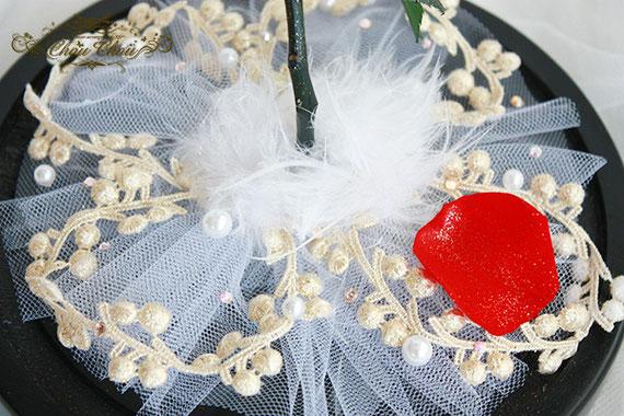 美女と野獣 誕生日 プレゼント ガラスドーム  プリザーブドフラワー 1輪の薔薇 ゴールド刻印 オーダーフラワー シュシュ