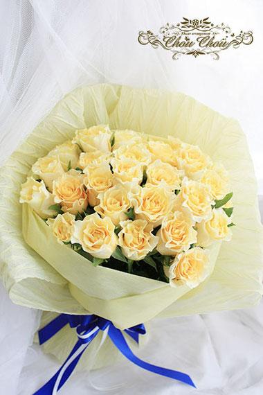 黄色いバラ 美女と野獣 ベル 花束 ヒルトン東京ベイ レストランアチェンド オーダーフラワー  シュシュ chouchou