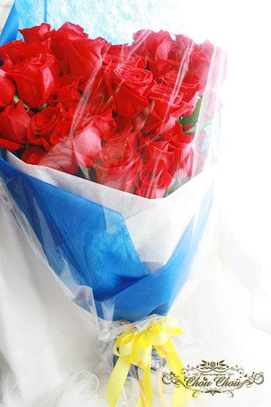 ディズニー  プロポーズ 赤薔薇 花束 ミラコスタ 生花 オーダーフラワー  シュシュ 舞浜花屋 配達