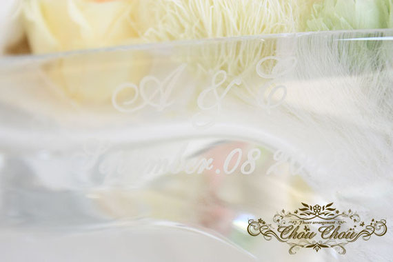 ガラスの靴 プリザーブドフラワー カーネーション ダリア テマリソウ アンバサダーホテル  配達 オーダーフラワー  シュシュ chouchou