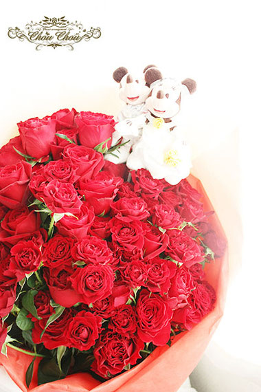 ディズニー プロポーズ 108輪 赤薔薇 花束 ミラコスタ 配達 ウェディング ミッキー ミニー オーダーフラワー  シュシュ chouchou