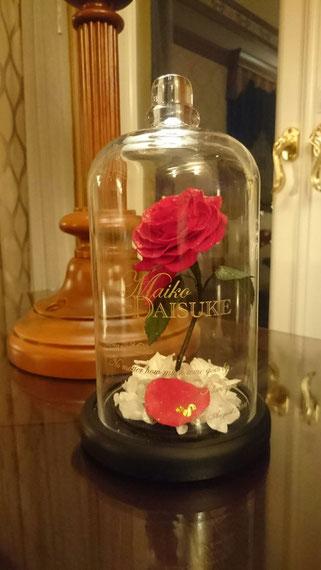 美女と野獣 薔薇 ガラスドーム 刻印 ディズニー プロポーズ ミラコスタ