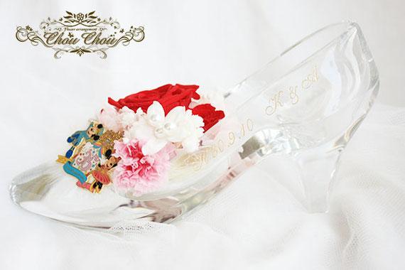 プロポーズ ディズニーシー ミラコスタ 花束 108輪 赤薔薇 ガラスの靴 プリザーブドフラワー オーダーフラワー  シュシュ chouchou