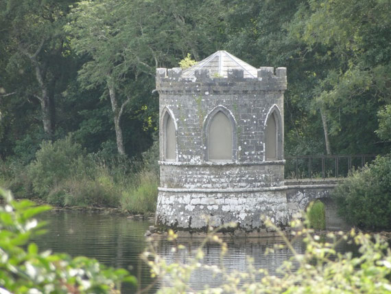 "Laube genannt ""temple"" am Lough Key"
