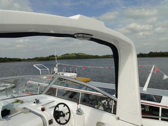 Ausflugsboot auf Devenish Island