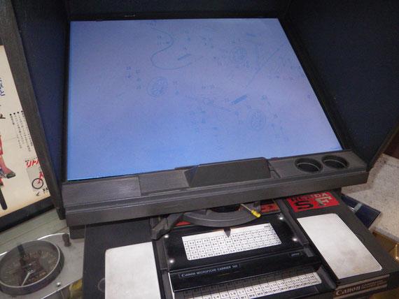 マイクロフィルムのパーツリストもモニターで確認ができます