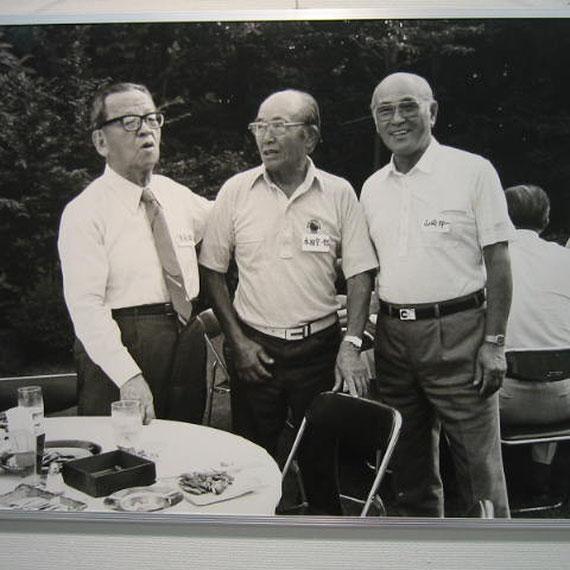 経済評論家三木陽之助氏、山崎夘一氏と