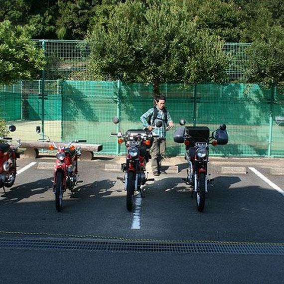 徐々にバイクも集まってきました。