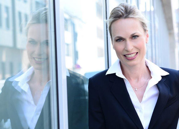 Christin Malsch hat mehr als 1.000 Unternehmen und Privatpersonen als Fachanwältin für Insolvenzrecht und Insolvenzverwalterin beraten und begleitet.