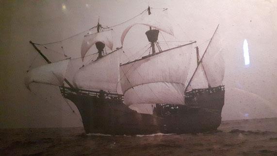 Premier navire à faire un tour du Monde