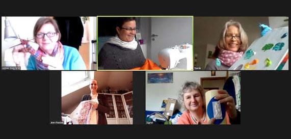 5 Teilnehmerinnen des ersten Online-Kreativ-Treffs gestalten per Zoom ihre Werke. Stricksöckchen Stricken, ein Bild Malen, einen Vorhang Nähen, eine Hose Nähen und eine Kerze gestalten.,