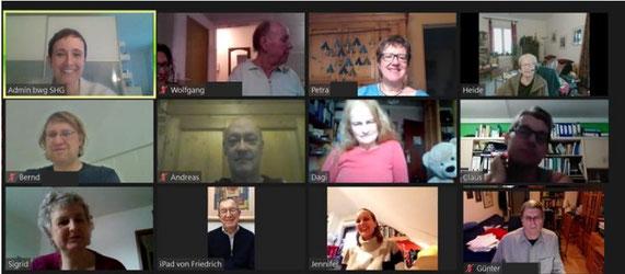 12 Teilnehmer der Selbsthilfegruppe beinamputiert-was-geht treffen sich per Zoom im virtuellen Raum.