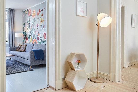 Salon Décoration Murale Florale / Fleurie - Mur Peint Fleurs - Mobilier Scandinave - Etagère Origami