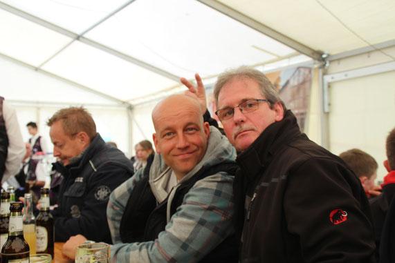 Markus und Georg in Feierstimmung