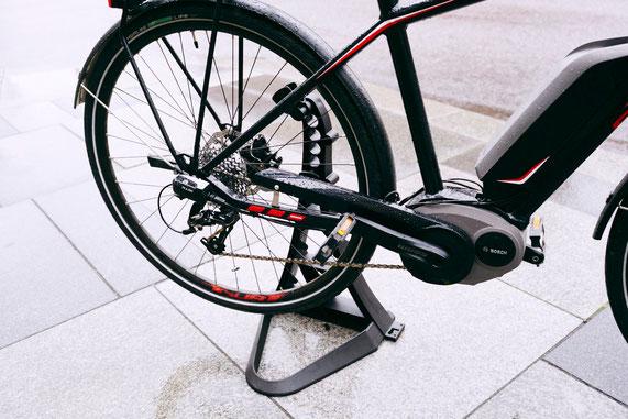 Ein Turrix dient als Radständer ...