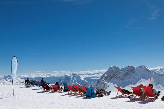 Blick von der Zugspitze ©Iglu Dorf