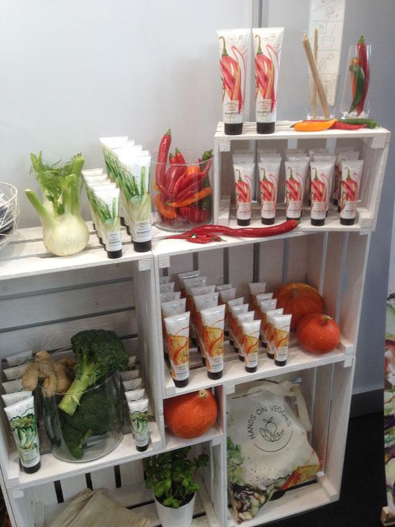 Hands on Veggies: Die Idee und das Produktdesign gefällt uns außerordentlich gut. Entdeckt auf der Biofach 2018 in Nürnberg.