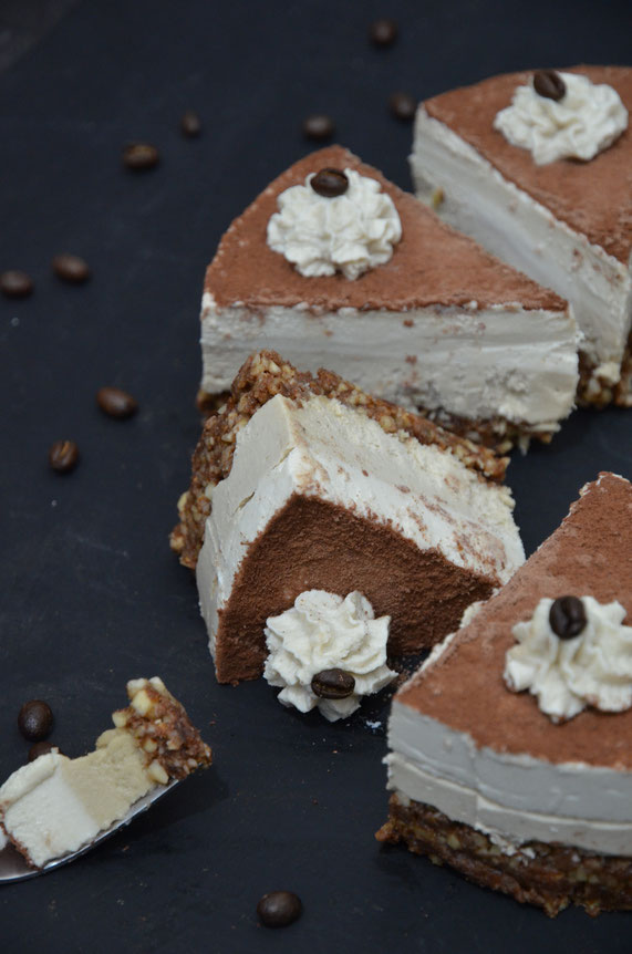 Vegane Tiramisu-Torte