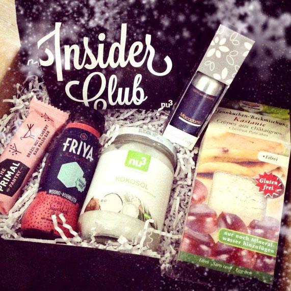 Die nu3-Insider-Box von Dezember enthielt einen Riegel, Smoothie, Kokosöl, Pfannkuchen-Backmischung und ein Körperöl. Alles vegan und eine gelungene Zusammenstellung aus tollen, neuen Produkten, die wir noch nicht kannten.