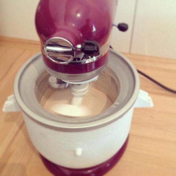 Unser neuer Familienzuwachs und ganzer Stolz - inkl. Eismaschine.