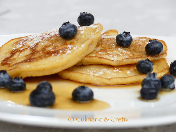 Quark-Mandel Pancakes