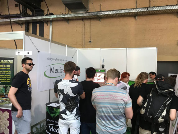Many people visited Medicans booth to see the GROWMAT and the first presentation of the second product GROWSCHOOL