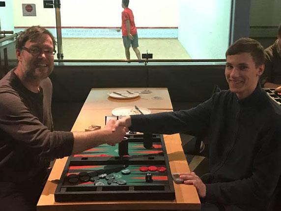 Februar-Sieger Thomas Löw (links) und Zdenek Zizka