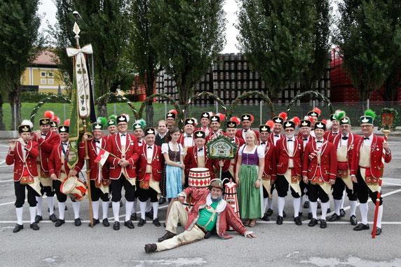 Gruppenbild der Historischen Bindertanzgruppe Salzburg
