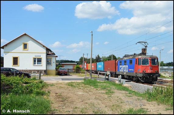421 377-3 durchfährt am 16. Juli 2015 die Blockstelle Niederhohndorf in Richtung Zwickau