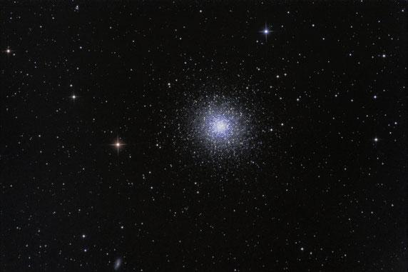 M13 mit 8 Zoll Newton aufgenommen