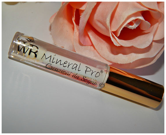 Mineral Gloss Kiss