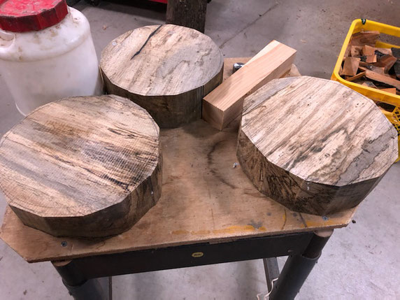 ブランク材に木取りして