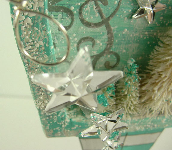 Christmas Fairy - attaching the falling stars