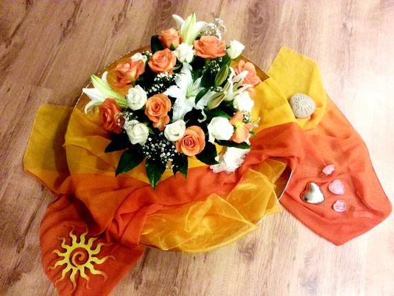 Bild mit Blumendeko