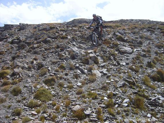 terreno lunare che  rifiuta i biker