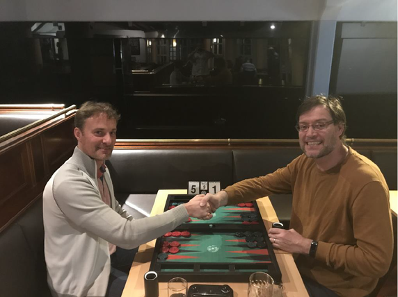 Turniersieger Christian Derichs (links) im Finale gegen Thomas Löw