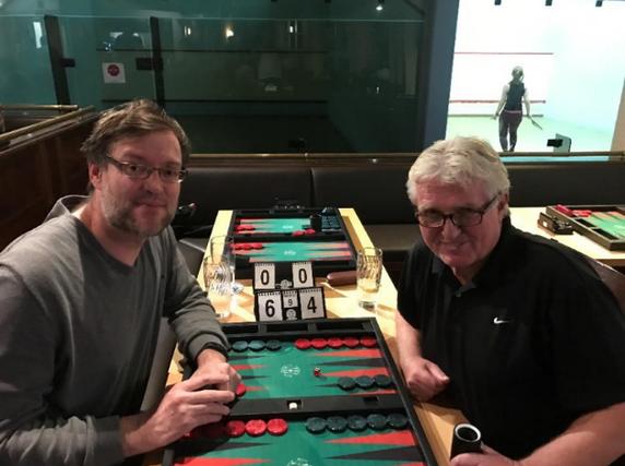 Februar- und März-Sieger Thomas Löw (links) und Gerhard Janotta