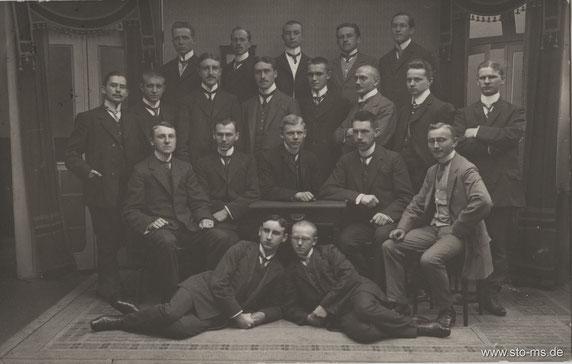 Herrengruppe in den 1920er Jahren