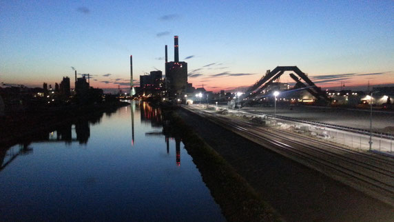 Das Segelboot ist gleich da, auf dem Rhein ;-)