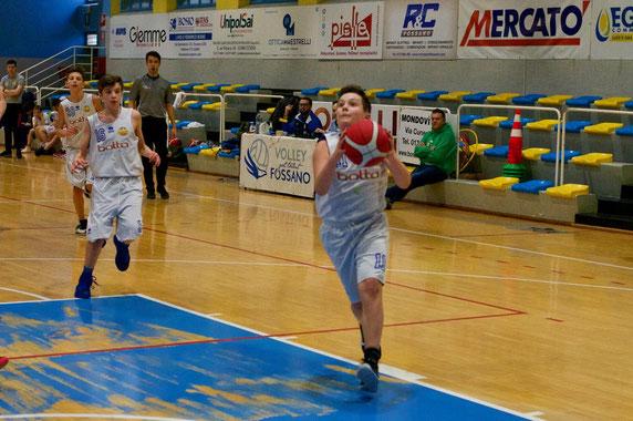 Stefano Rabbia in azione, per lui 10 punti - Marco Mondino ph.