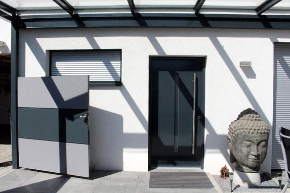 architekturbuero_waessa_neubau_wohnhaus_forst_eingang_vordach