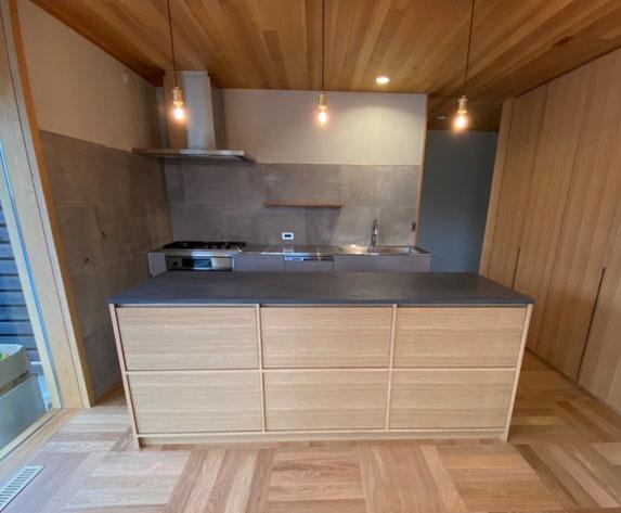 キッチンカウンター収納 モールテックス キッチン作業台 オーダー家具