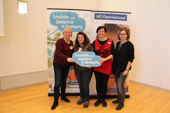 Martina Strobl vom Familienland, Sonja Hörth (Gemeinderätin), Martina Steininger (Lehrerin), Martina Schöllbauer (Nachmittagsbetreuerin)