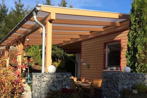 Terrassenüberdachung mit Stegplatten