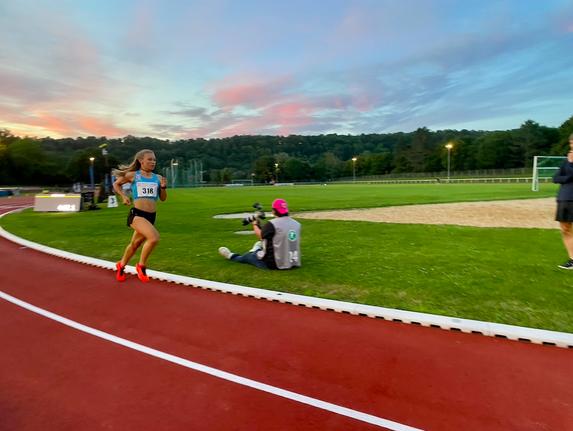 Julia Mayer em München 2022 10000m bahn track Regensburg domenika Mayer 33.21 em norm Qualifikation Europameisterschaft